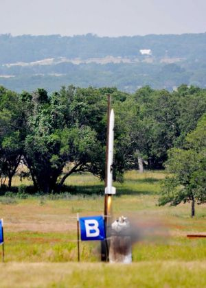 Rockets-12-Juggernaut X Liftoff