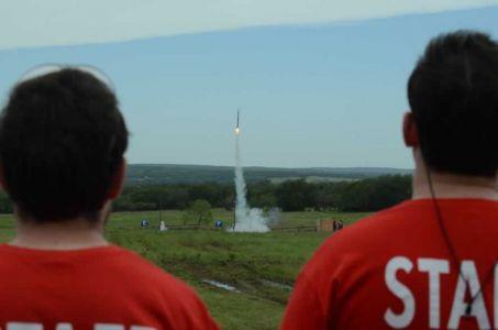 Rockets-15-DSC 2008